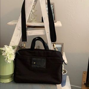 Like new Fossil canvas messenger bag